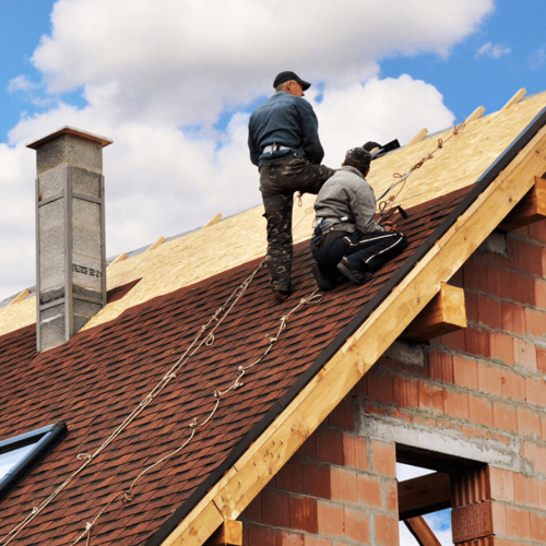 roofing contactors on house